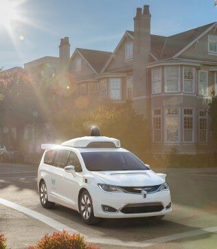 It's all or nothing for self-driving cars