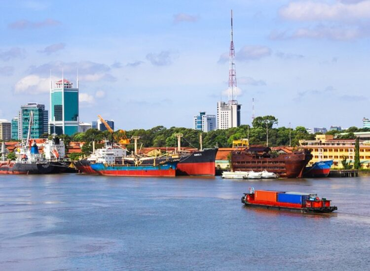 Busy intersection of maritime cultures